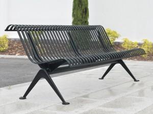 Металлические скамейки